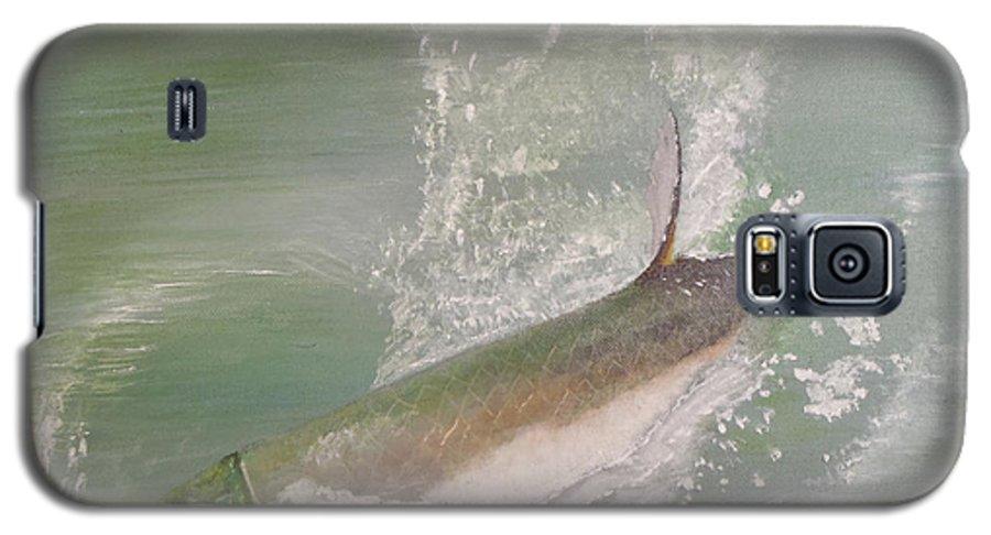 Tarpon Breaking Water Galaxy S5 Case featuring the painting Tarpon Breaking Water by Tony Rodriguez
