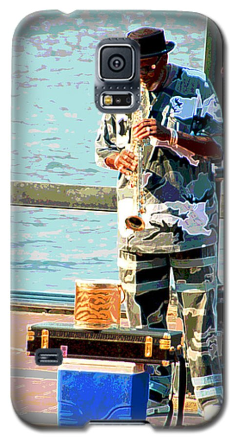 Soprano Saxophone Galaxy S5 Case featuring the photograph The Music Man by Suzanne Gaff
