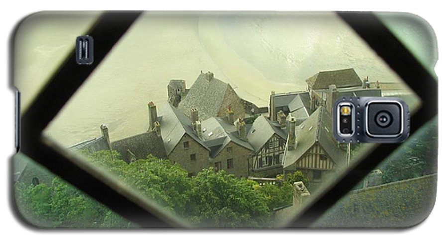 Le Mont St-michel Galaxy S5 Case featuring the photograph Through A Window To The Past by Mary Ellen Mueller Legault