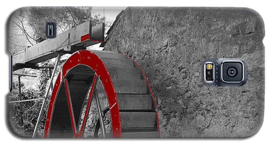 Water Galaxy S5 Case featuring the photograph Water Wheel. by Christopher Rowlands