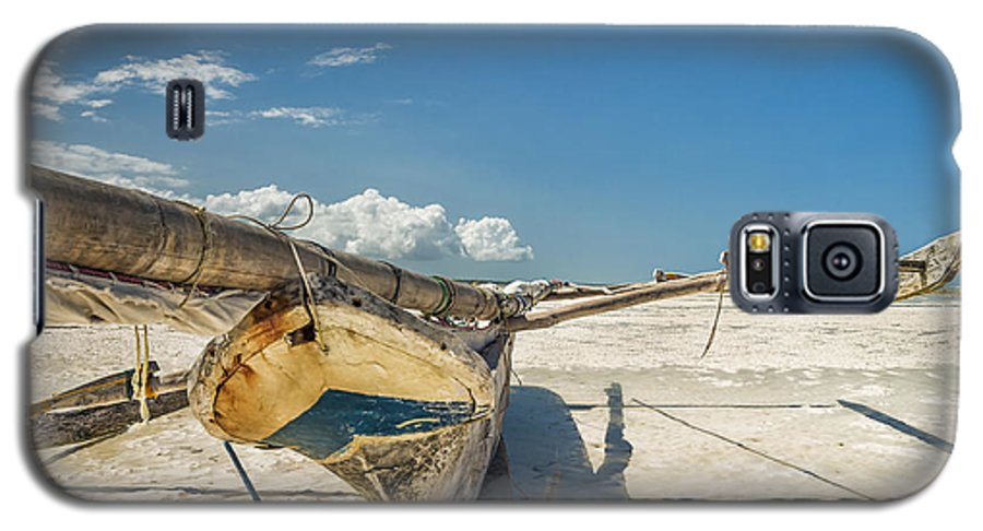 3scape Photos Galaxy S5 Case featuring the photograph Zanzibar Outrigger by Adam Romanowicz