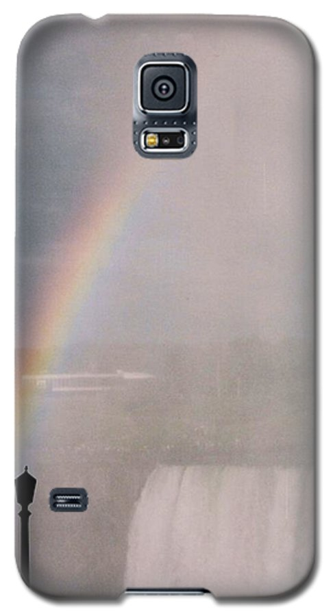 Waterfall Galaxy S5 Case featuring the photograph Rainbow Falls by Pharris Art