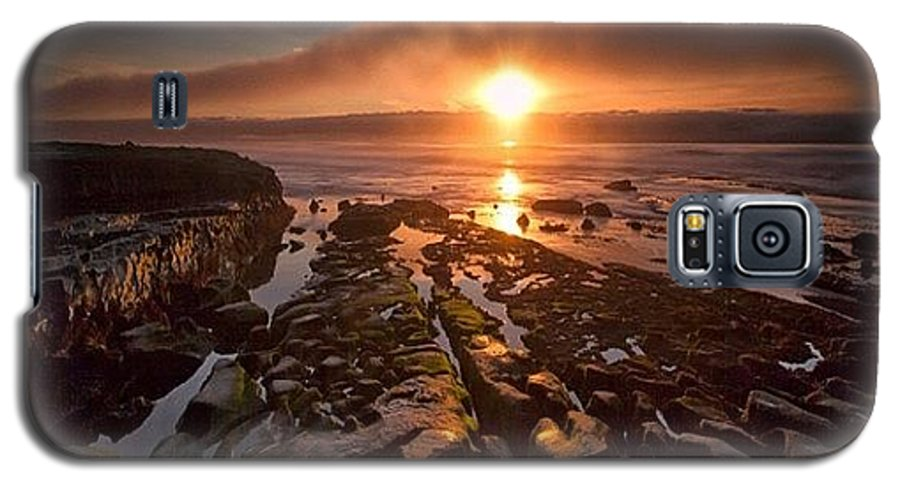 Galaxy S5 Case featuring the photograph Long Exposure Sunset In La Jolla by Larry Marshall