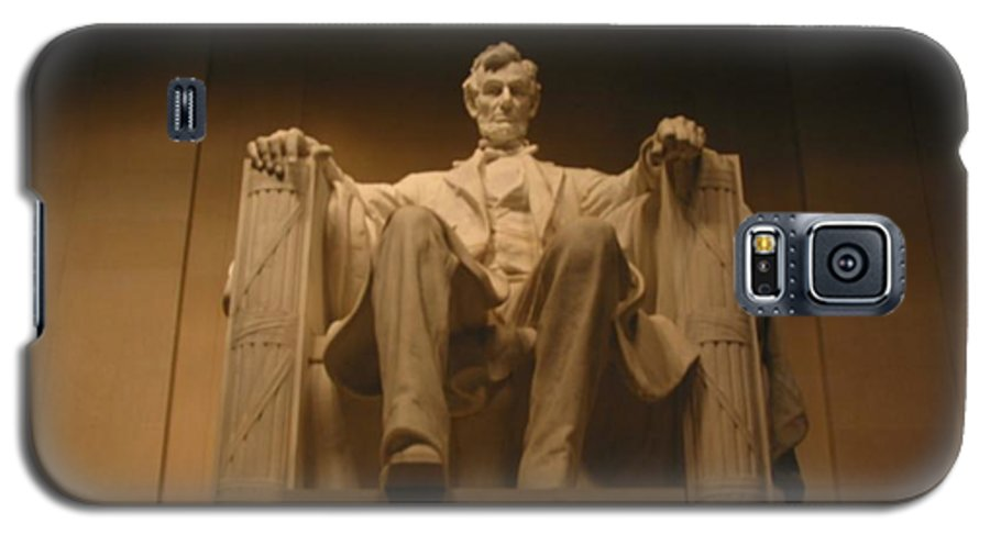 Abraham Lincoln Galaxy S5 Case featuring the painting Lincoln Memorial by Brian McDunn