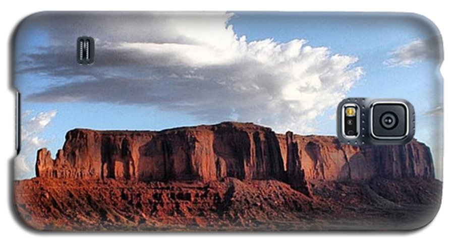 Usa Galaxy S5 Case featuring the photograph Monument Valley by Luisa Azzolini