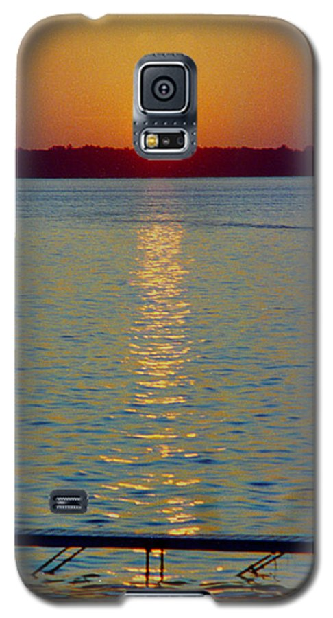 Sunset Galaxy S5 Case featuring the photograph Quite Pier Sunset by Randy Oberg