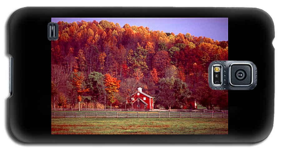 Autumn Galaxy S5 Case featuring the photograph 102701-16 by Mike Davis