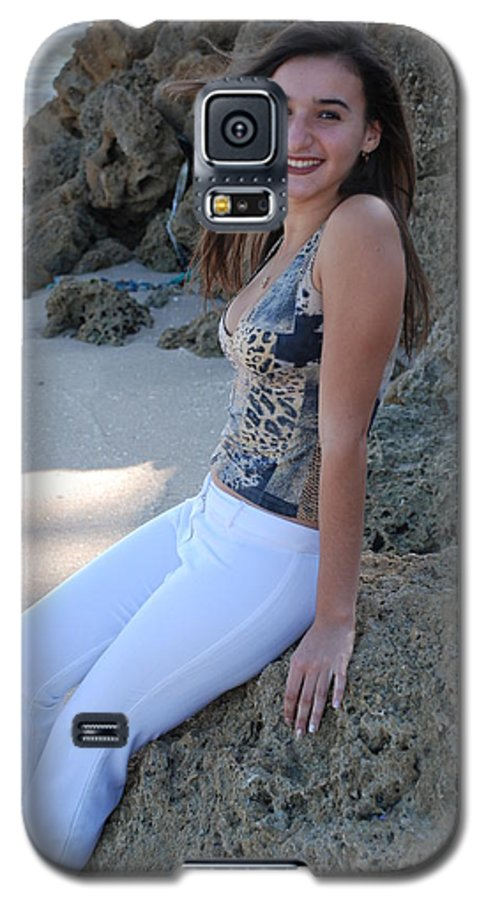 Women Galaxy S5 Case featuring the photograph Gisele by Rob Hans