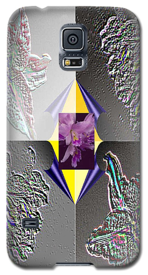 Florals Galaxy S5 Case featuring the digital art 4 Points Of Interest by Brenda L Spencer