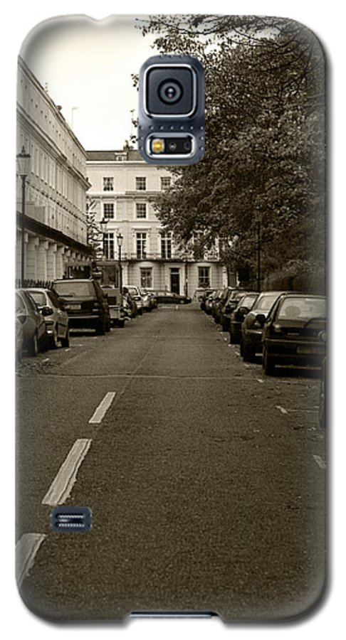Travel Galaxy S5 Case featuring the photograph A London Street II by Ayesha Lakes