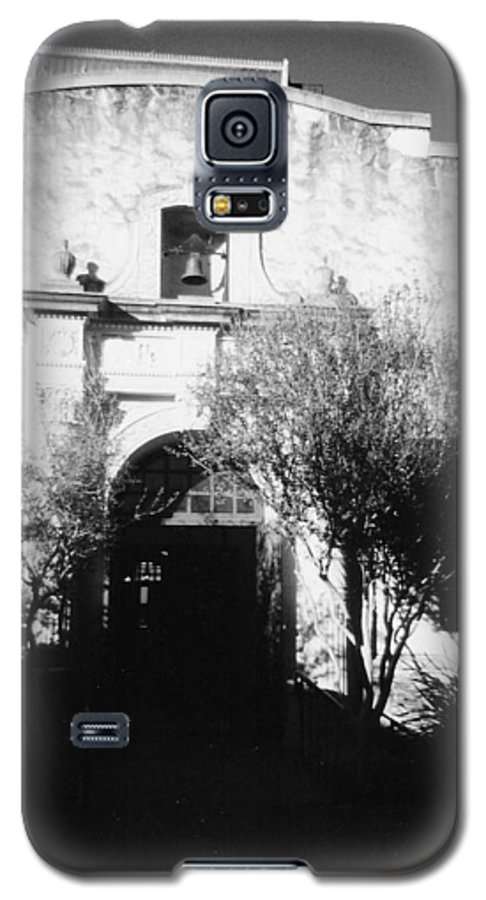 Alamo Galaxy S5 Case featuring the photograph Alamo by Pharris Art