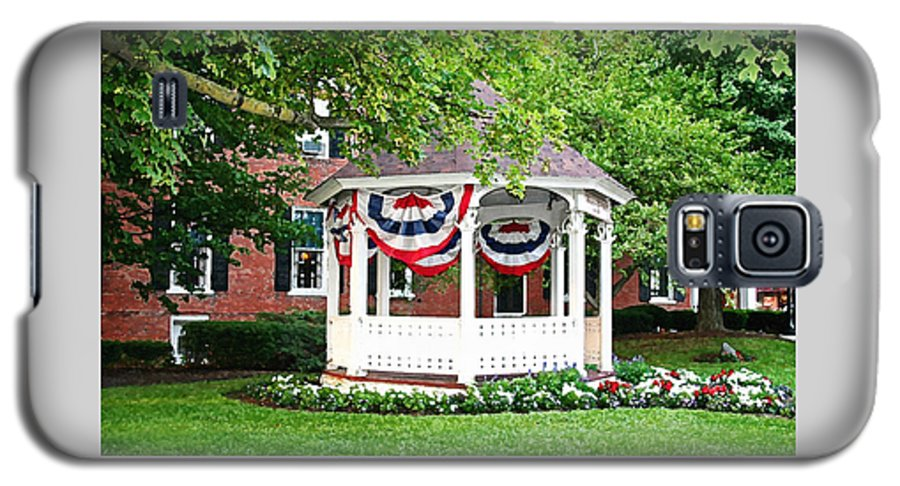 Gazebo Galaxy S5 Case featuring the photograph American Gazebo by Margie Wildblood