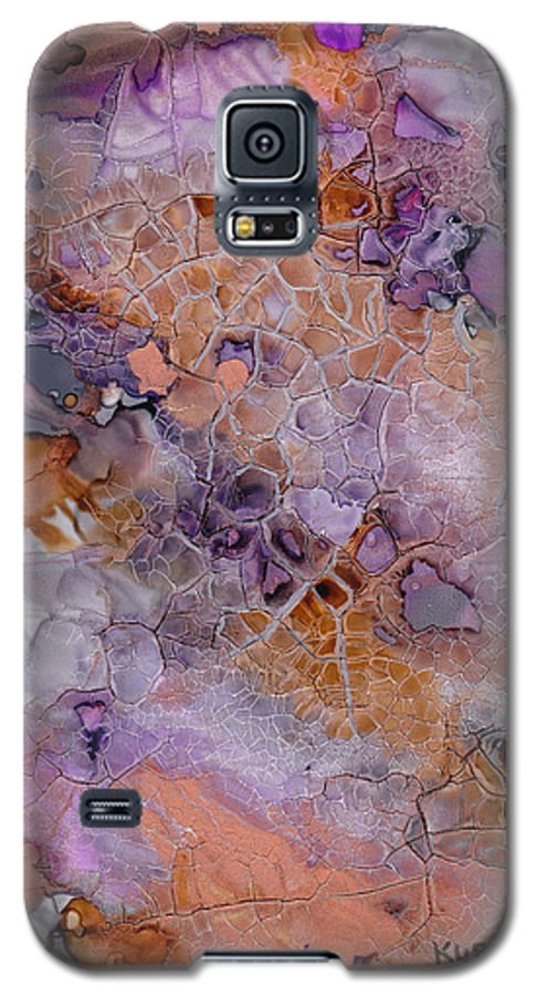 Abstract Galaxy S5 Case featuring the mixed media Amethyst And Copper by Susan Kubes