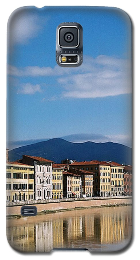 Pisa Galaxy S5 Case featuring the photograph Arno River Pisa Italy by Kathy Schumann
