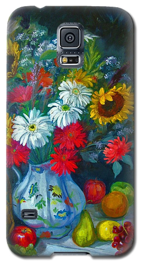 Fruit And Many Colored Flowers In Masson Ironstone Pitcher. A Large Still Life. Galaxy S5 Case featuring the painting Autumn Picnic by Nancy Paris Pruden