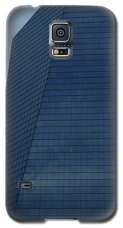 City Galaxy S5 Case featuring the photograph Blue Building by Linda Sannuti