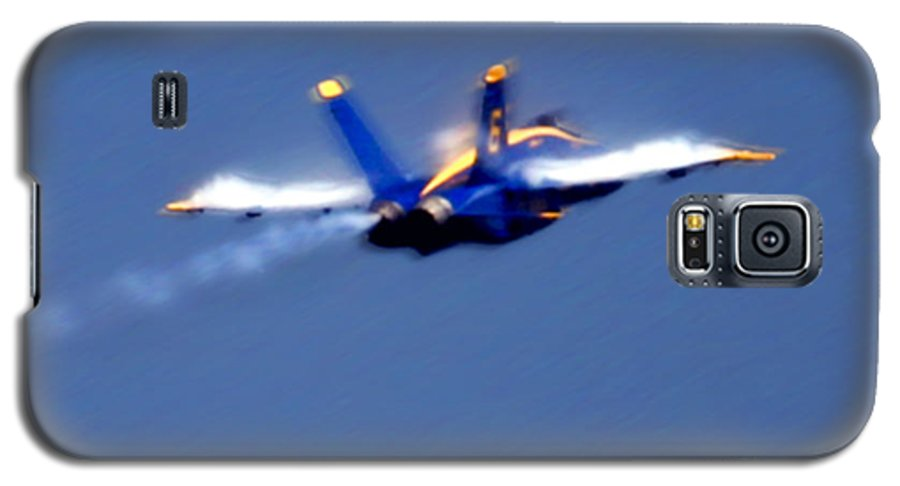 Blue Angles Galaxy S5 Case featuring the photograph Blue Solo by Larry Keahey
