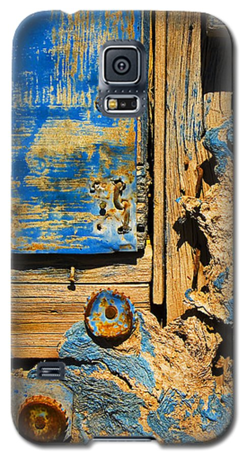 Abstract Galaxy S5 Case featuring the photograph Blues Dues by Skip Hunt