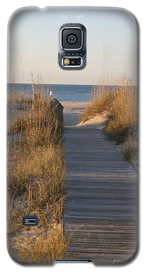 Boardwalk Galaxy S5 Case featuring the photograph Boardwalk To The Beach by Nadine Rippelmeyer