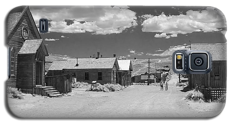 Ghost Town Galaxy S5 Case featuring the photograph Bodie A Ghost Town Infrared by Christine Till
