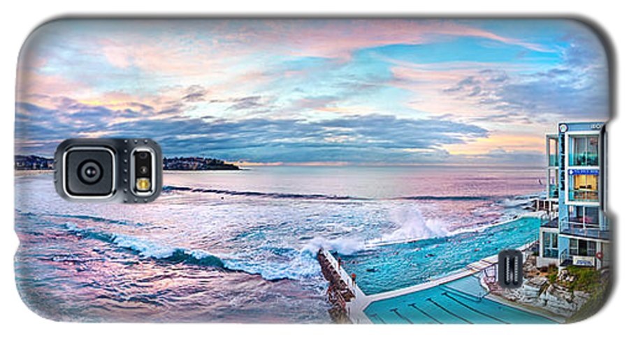 Sydney Galaxy S5 Case featuring the photograph Bondi Beach Icebergs by Az Jackson