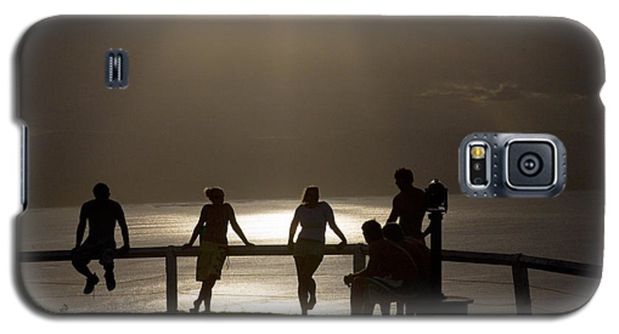 Byron Bay Lighthouse Silhouette Sunset Rays Galaxy S5 Case featuring the photograph Byron Bay Lighthouse by Avalon Fine Art Photography