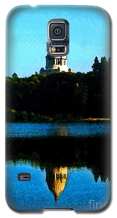 Lake Galaxy S5 Case featuring the photograph Capital Lake by Larry Keahey