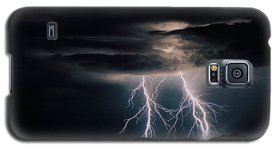 Arizona Galaxy S5 Case featuring the photograph Carefree Lightning by Cathy Franklin