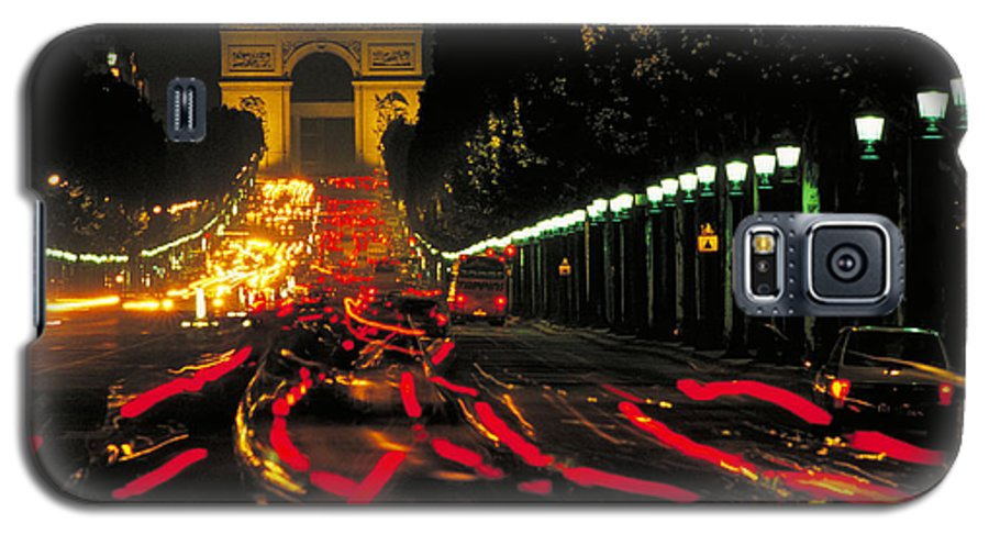 France Galaxy S5 Case featuring the photograph Champs Elysee In Paris by Carl Purcell