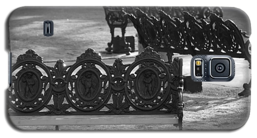 Black And White Galaxy S5 Case featuring the photograph Cherb Benches by Rob Hans