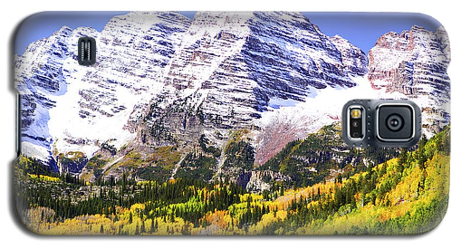 Americana Galaxy S5 Case featuring the photograph Classic Maroon Bells by Marilyn Hunt