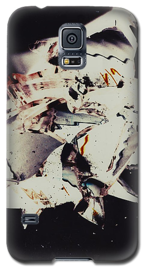 Abstract Galaxy S5 Case featuring the photograph Craft by David Rivas