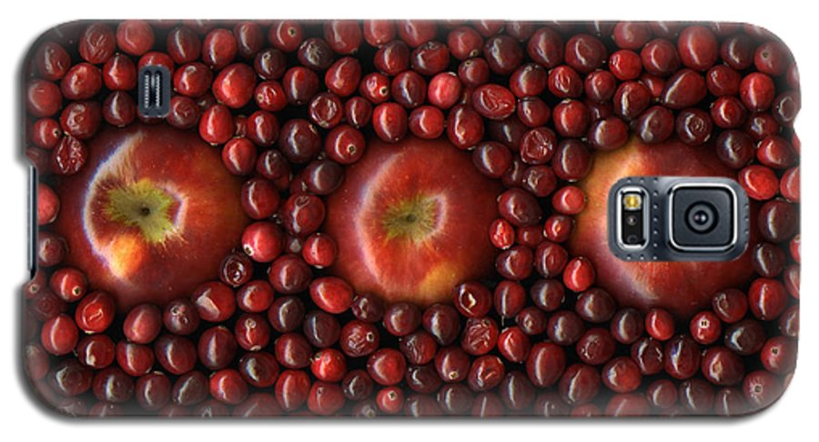 Slanec Galaxy S5 Case featuring the photograph Cranapple by Christian Slanec