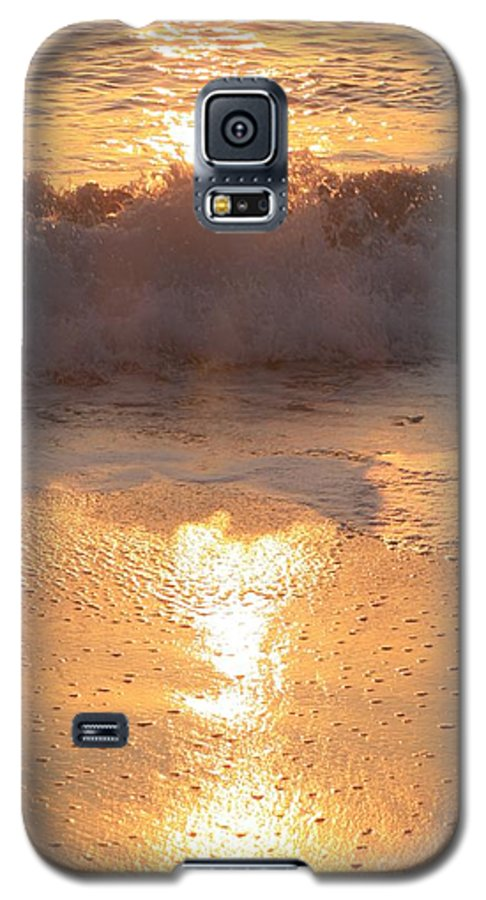 Waves Galaxy S5 Case featuring the photograph Crashing Wave At Sunrise by Nadine Rippelmeyer