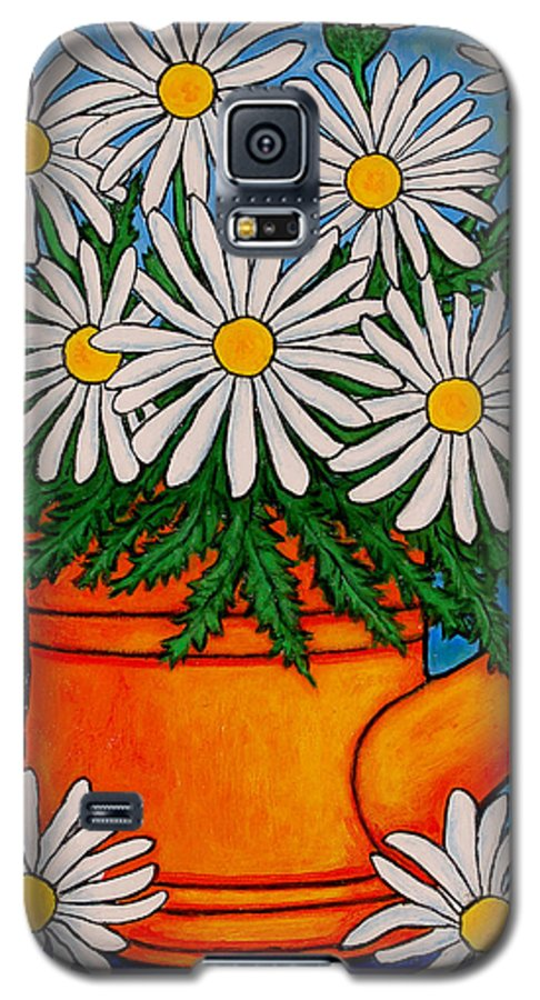 Daisies Galaxy S5 Case featuring the painting Crazy For Daisies by Lisa Lorenz