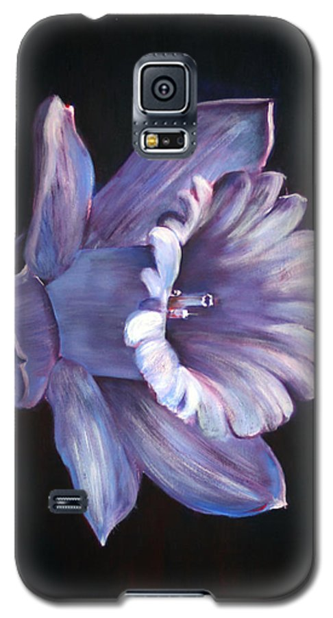 Flower Galaxy S5 Case featuring the painting Daffodil by Fiona Jack