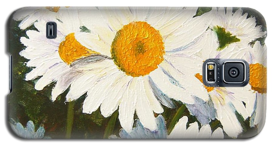 Daisy Galaxy S5 Case featuring the painting Daisy by Tami Booher
