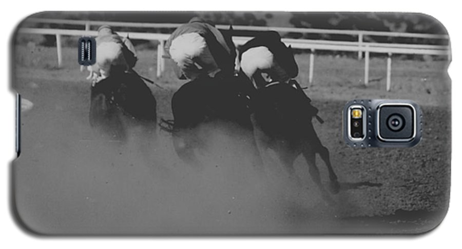 Horse Galaxy S5 Case featuring the photograph Dust And Butts by Kathy McClure