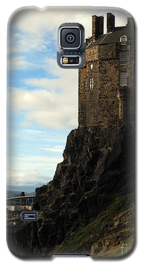 Castle Galaxy S5 Case featuring the photograph Edinburgh Castle by Amanda Barcon