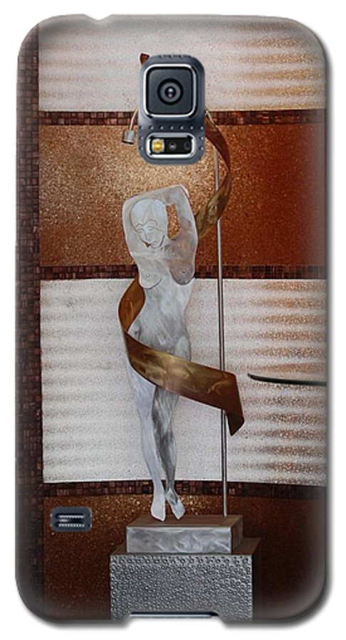 Statue Galaxy S5 Case featuring the photograph Erotic Museum Piece by Rob Hans
