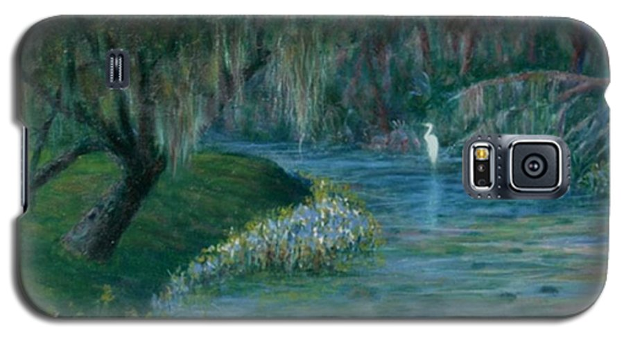 Low Country; Egrets; Lily Pads Galaxy S5 Case featuring the painting Evening Shadows by Ben Kiger