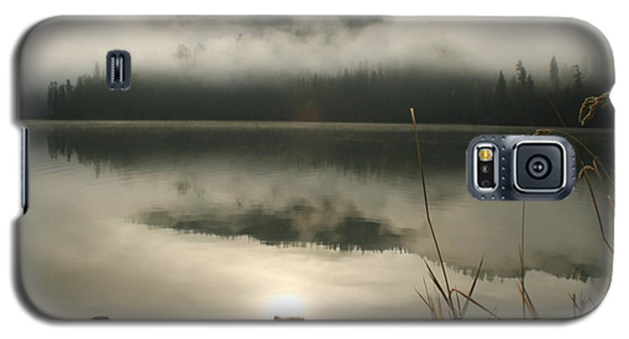 Mist Galaxy S5 Case featuring the photograph Fernan Fog by Idaho Scenic Images Linda Lantzy
