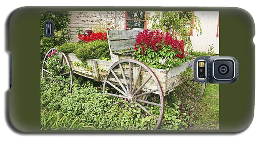Wagon Galaxy S5 Case featuring the photograph Flower Wagon by Margie Wildblood
