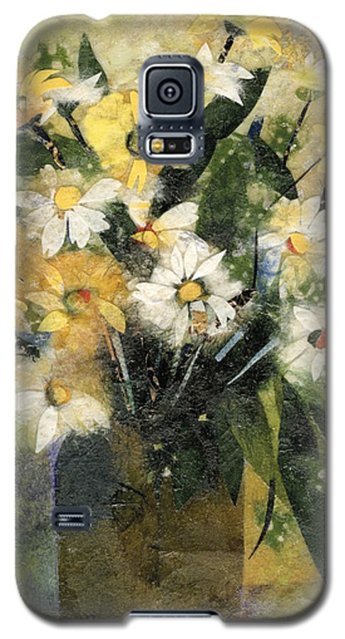 Limited Edition Prints Galaxy S5 Case featuring the painting Flowers In White And Yellow by Nira Schwartz