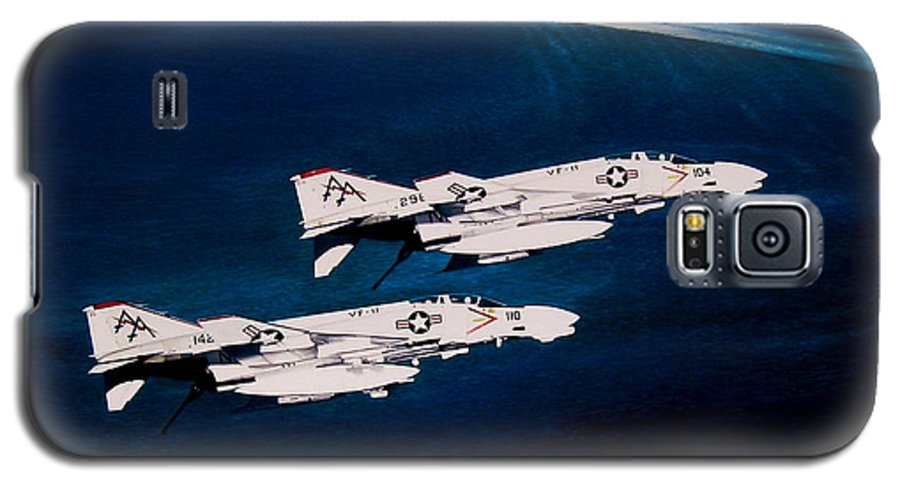 Military Galaxy S5 Case featuring the painting Forrestal S Phantoms by Marc Stewart