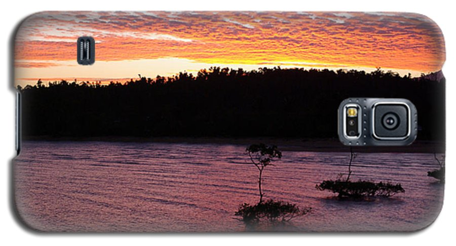 Landscape Galaxy S5 Case featuring the photograph Four Elements Sunset Sequence 5 Coconuts Qld by Kerryn Madsen - Pietsch