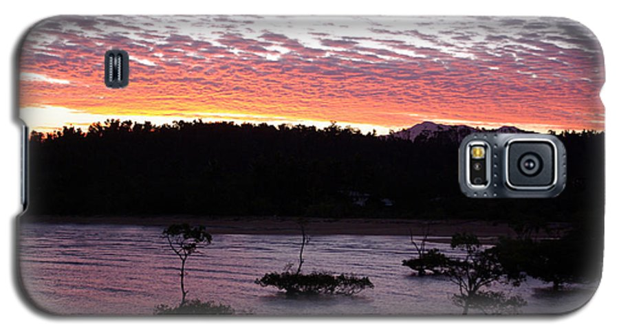 Landscape Galaxy S5 Case featuring the photograph Four Elements Sunset Sequence 8 Coconuts Qld by Kerryn Madsen - Pietsch