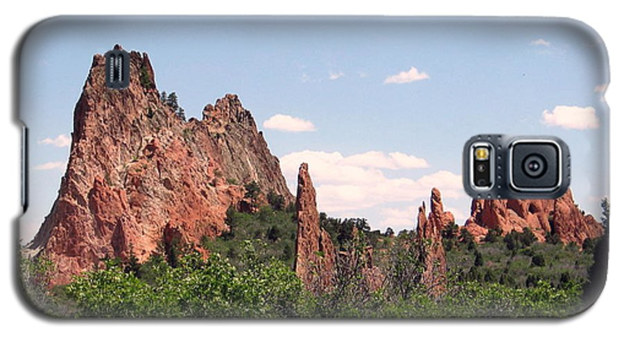 Colorado Galaxy S5 Case featuring the photograph Garden Of The Gods by Margaret Fortunato