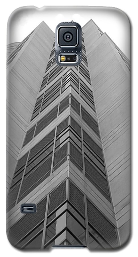 Architecture Galaxy S5 Case featuring the photograph Glass Tower by Rob Hans