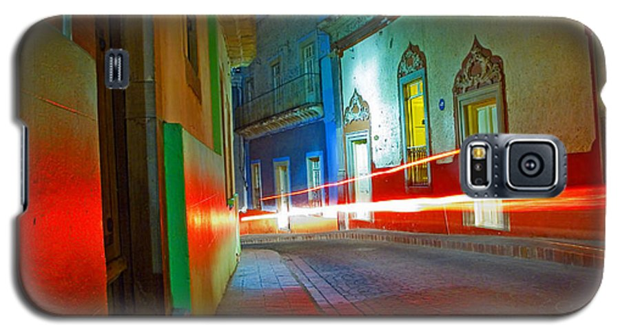 Shadow Galaxy S5 Case featuring the photograph Guanajuato Night by Skip Hunt